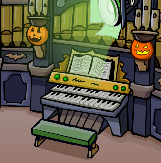 File:HalloweenParty2010CandyHunt5.png