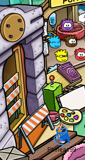 File:Phineas99 Puffle Hotel Construction