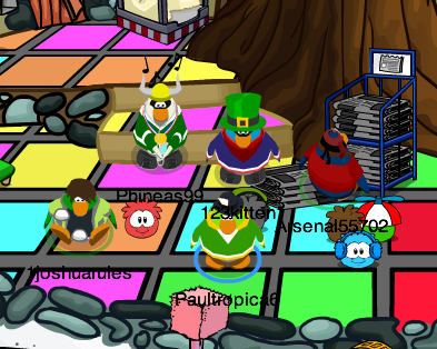 File:Paultropica with Phineas99, 123kitten1, Arsenal55702, and 1joshuarules.png