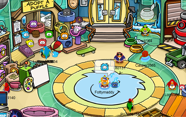 File:Puffle outfit in game.png