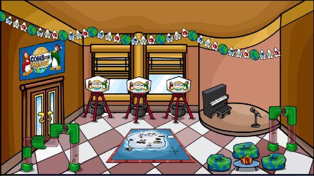 File:Nuevas salas para Club Penguin Ep.16 Centro de Coins for Change.jpg