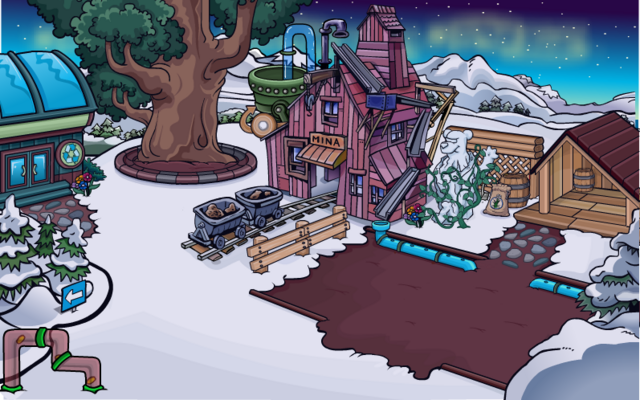 File:Mine Shack Chrismas.png