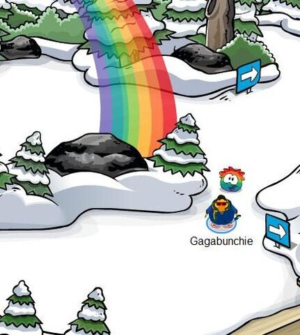 File:Rainbowpuffleatdadock.jpg
