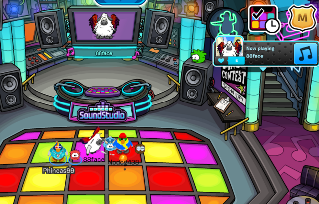 File:CPWikiSummerParty2014Pic11.png