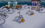 Halloween Party 2010 Snow Forts
