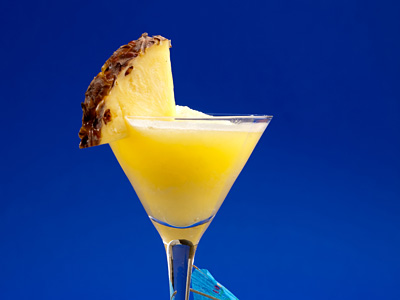 File:Pineapple-whiskey.jpg