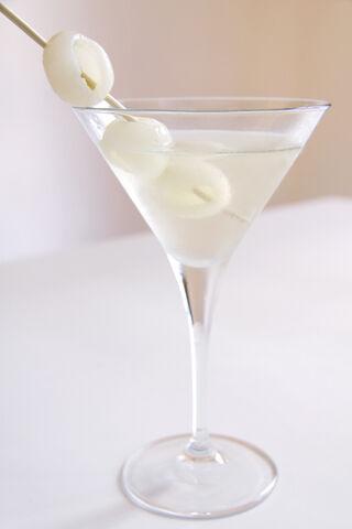 File:Lychee Martini.jpg