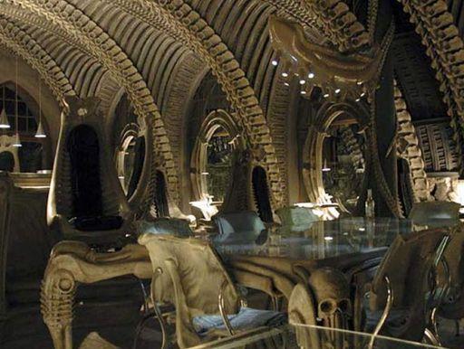 File:Bar-skeleton-esqueleto.jpg
