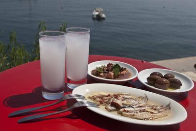 Greek hot summer drink