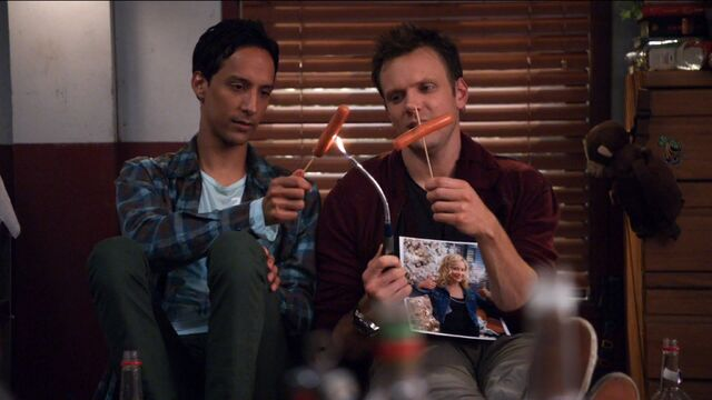 File:1x16 Jeff and Abed 3.jpg