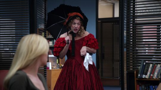 File:2X22 Dean as Scarlet O'Hara.jpg