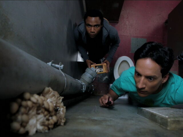 File:3x04-Troy Abed Mushrooms.jpg