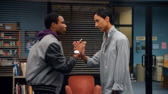 File:1x2 Troy and Abed5.jpg