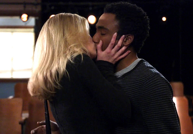File:Britta kiss troy.png