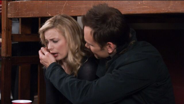 File:1x25 Jeff and Britta keg party4.jpg