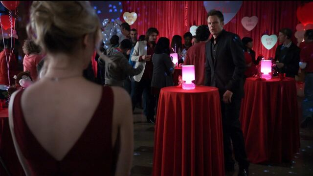 File:1x22 Jeff and Britta red dress1.jpg