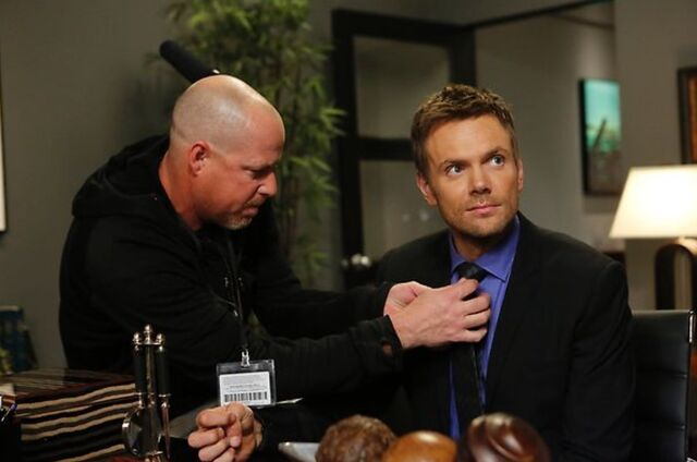 File:4X13 Behind the scenes photo 3.jpg