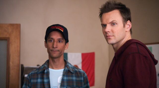 File:1x16 Jeff and Abed 1.jpg