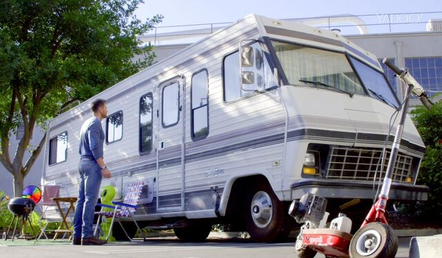 File:Elroy's RV.jpg