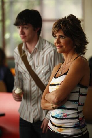 File:1x22 Promotional photo 4.jpg