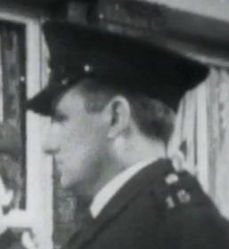 File:Policeman 684.jpg