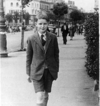 File:Tony Simpson (aka Tony Warren of Coronation St) 1947.jpg