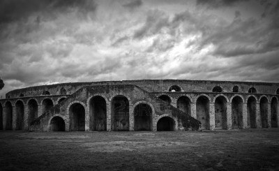 File:16803761-ancient-arena-in-pompeii-italy-black-and-white.jpg