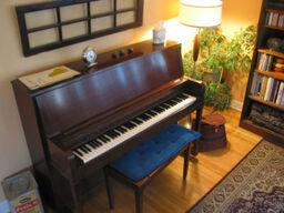 Pianoinlivingroom