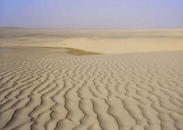 File:Desert sands.jpg