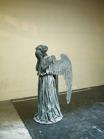 File:Blink-Weeping Angel.jpg