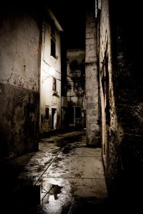 File:Dark-alley1.jpg