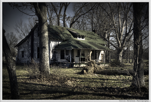 File:Scary house.jpg