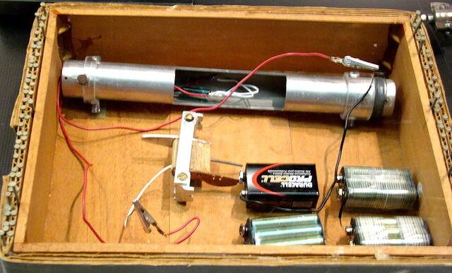 File:Unibomber bomb.jpg