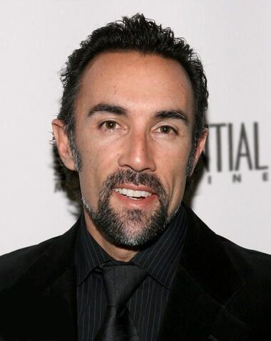 File:Francesco Quinn.jpg