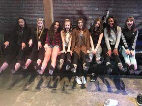 711 Girls on set of MV (2)