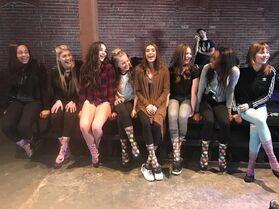 711 Girls on set of MV (1)