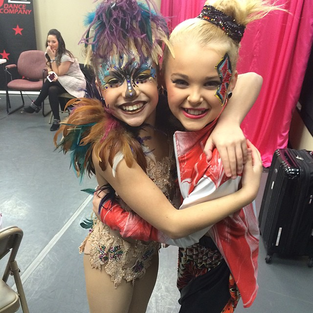 Image Mackenzie And Jojo 2015 01 17 Jpg Dance Moms