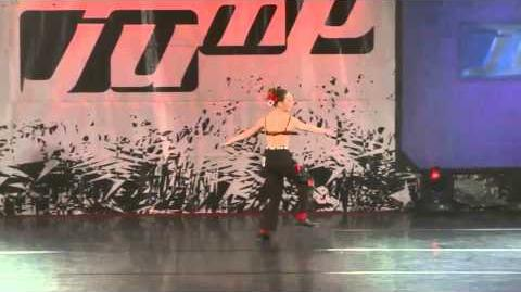 Maddie Ziegler - Game of Love - Jump - Pittsburgh