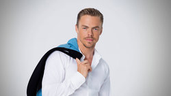 File:Derek Hough 21.jpg