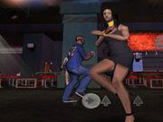 CJ tanzt mit Sweets Freundin.jpg