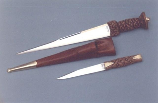 """14"""" CELTISH TRIBAL ENGRAVED MEDIEVAL KNIFE DAGGER DIRK, MWF1214"""