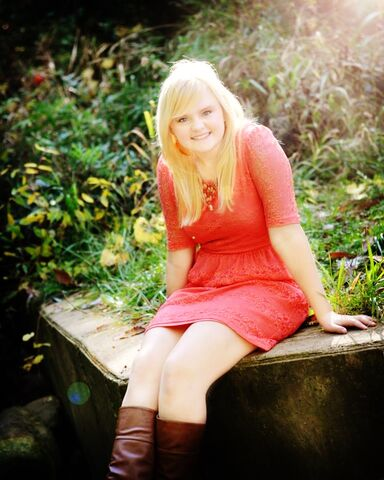 File:Katie's Senior Pic!!.jpg