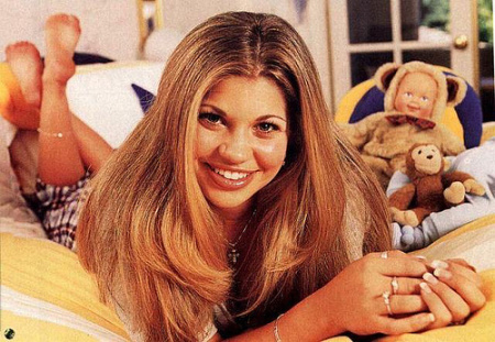 File:Topanga-boy-meets-world-331980 500 345.jpg