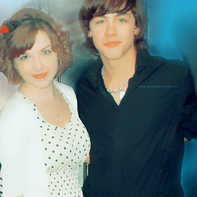 File:Aislinn and munro.png
