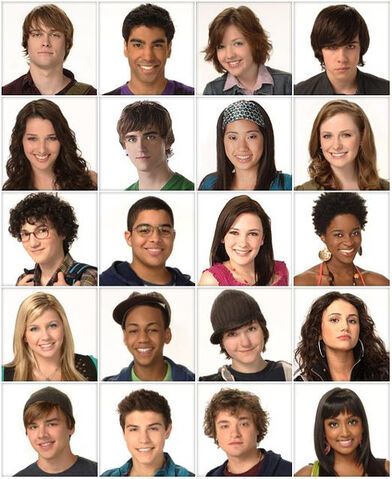 File:490px-Degrassi season 10xxx.jpg
