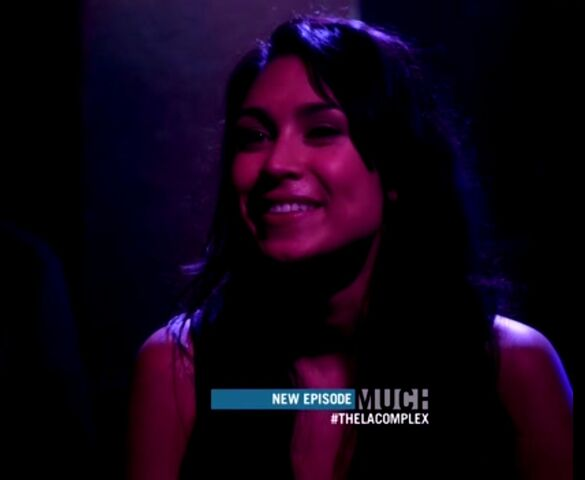 File:Cassie Steele in the LA Complex third episode.jpg
