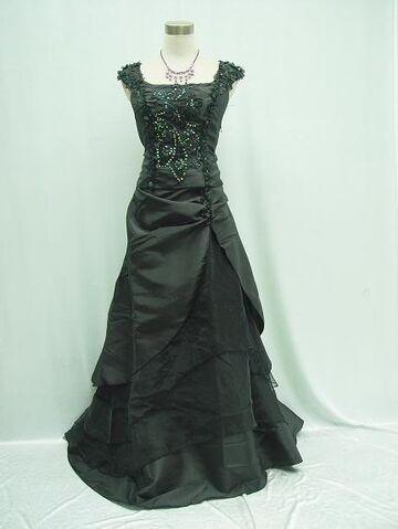 File:Gothic-black-wedding-dresses.jpg