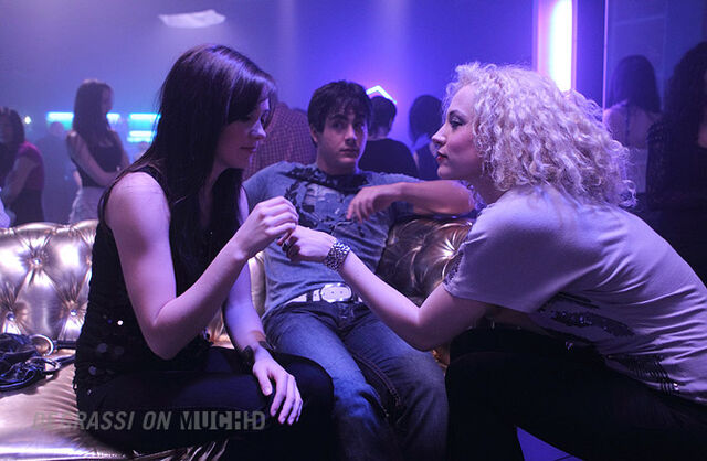 File:Degrassi-episode-1110-09.jpg