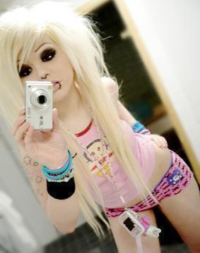 File:Emo-girl-emo-girls-3551014-283-359.jpg