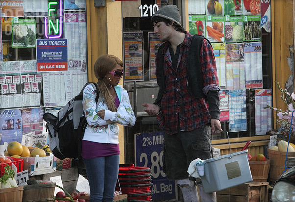File:Degrassi-episode-40-06.jpg